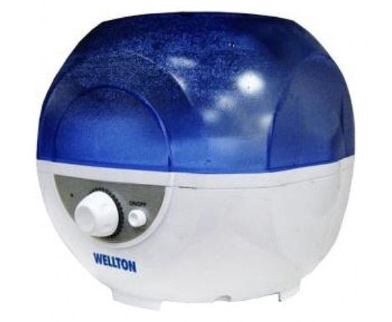 Небольшой паровой увлажнитель Wellton WUH-445 потребляет мало электричества, но обладает очень небольшим резервуаром — всего 2.5 литра